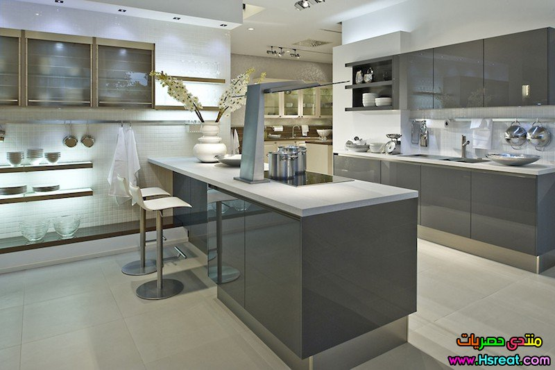 6.High Gloss Acrylic Anthracite German Island Kitchen.jpg