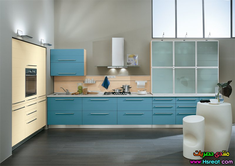 kitchen-cabinets-with-blue-l-3ba72aa37c5b4ac4.jpg