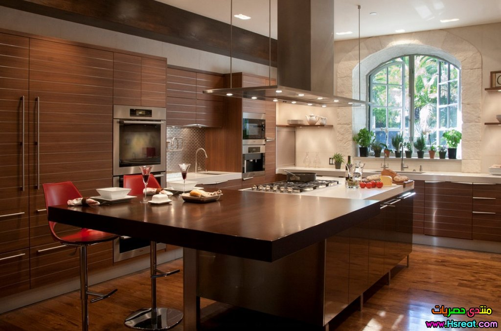 kitchen-integral-cabinetry-wood.jpg