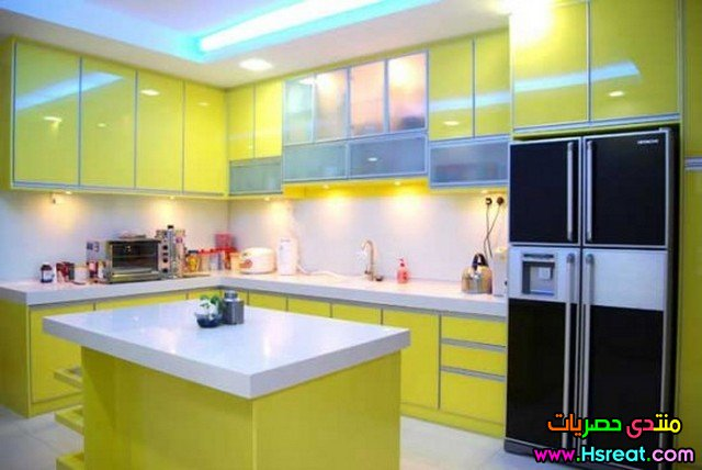 kitchen-remodel-ideas-for-small-kitchens-yellow.jpg