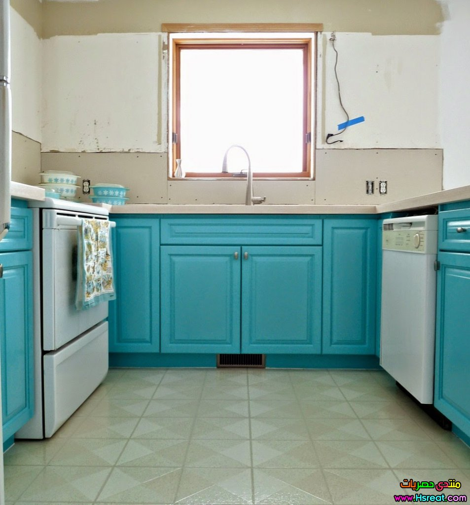 my-turquoise-kitchen-window.jpg
